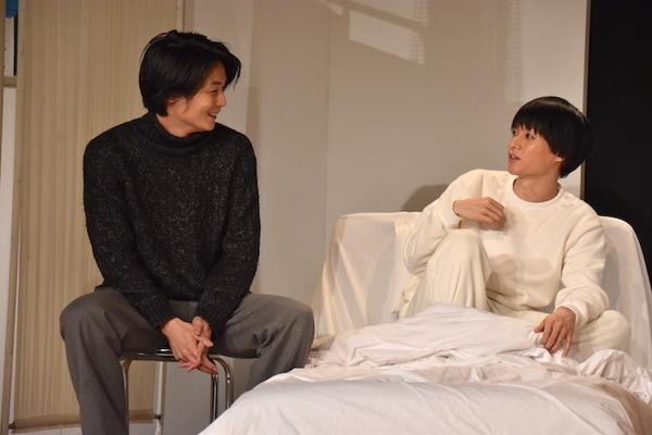 19日の1日ゲスト八神蓮(左)/舞台『夜明け~spirit~』のゲネプロの様子