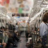 地下鉄車内で倒れ新型コロナ感染者のふり お騒がせ男に5年の禁錮刑か