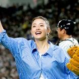 石原さとみ、綾瀬はるか、新垣結衣がトップ3! 「始球式で投げてほしい芸能人」