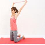 タオルで簡単「二の腕痩せ」!効果抜群のストレッチ方法