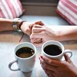 友達の彼氏を好きになった…友達との関係を維持しながら付き合う方法とは?