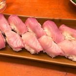 「これ1貫10円なんだぜ?」新宿・歌舞伎町の「名前のない寿司屋」に行ってきた! 10貫食べても100円!