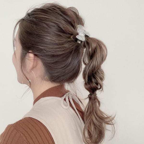 ロープ編みでいつもと違うまとめ髪