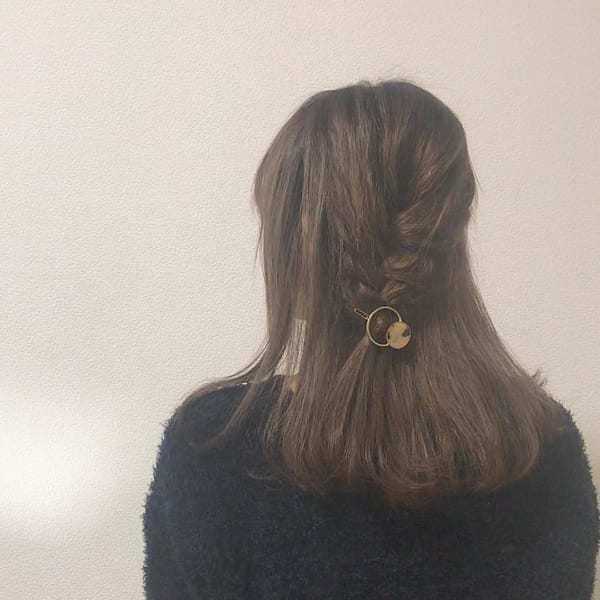 ふんわり編み込み風まとめ髪