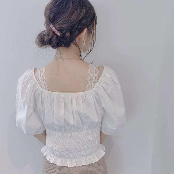 ロープ編みで立体感のあるまとめ髪