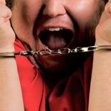 逮捕間際の命乞いが「マスクください!!」 強すぎる生存本能に反響