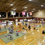 開会式に畠山愛理さん登場!「第8回全日本まくら投げ大会」が伊東市で開催