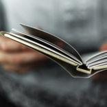 コロナウイルスに揺れる世界で読む本 名作から学べること