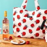 【カルディ】罪深い可愛さの「いちごバッグ」出るよ。心まで春色になりそう~