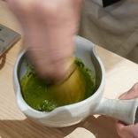 抹茶ラテの「抹茶MAX」はどれだけ濃いのか? 日本茶の専門カフェで飲んだら、自分が恥ずかしくなった