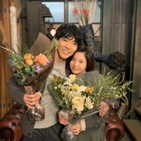 吉高由里子&柄本佑、肩を寄せ合う2ショット到着 『知らなくていいコト』がクランクアップ!
