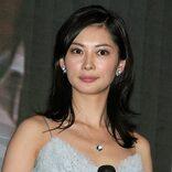 """42歳・伊東美咲""""劣化ゼロ""""に驚きの声「若いころから変わってない」"""