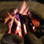 はじめての焚き火! アウトドア初心者に優しい『PICA富士西湖』のパオ