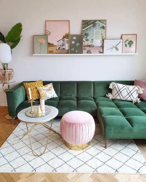 ピンク色の家具6
