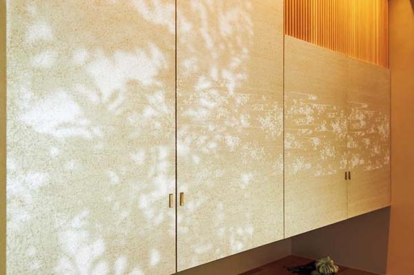 東京松屋でオーダーした吊り押し入れの襖紙