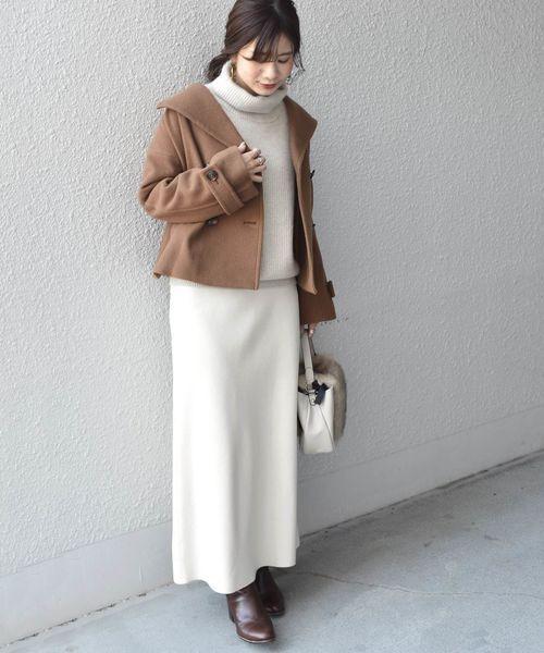 ショートPコート×ロングスカート