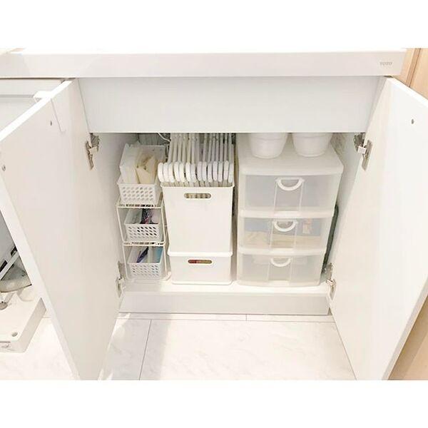 収納ケースで整理整頓された小物収納