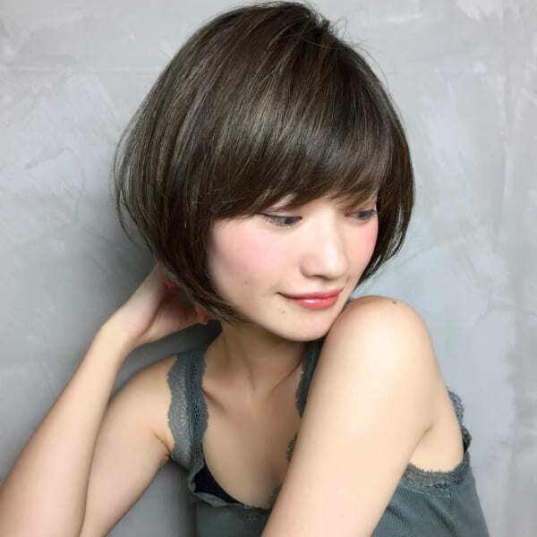 【ショート】トップにボリュームを出す髪型