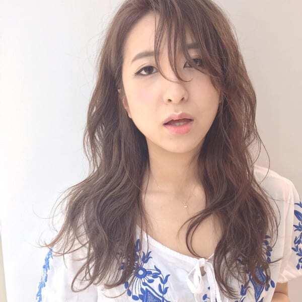 【ロング】長め前髪で艶っぽい髪型