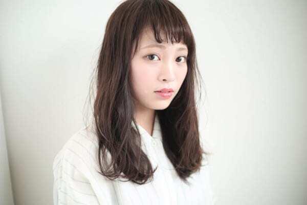【ミディアム】ローレイヤーのヘアスタイル