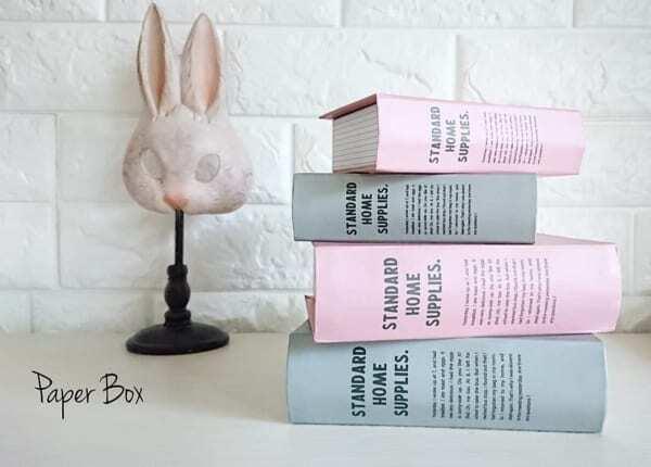 ピンクとグレーの2つのカラー