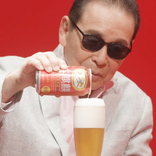 """タモリ、本麒麟のうまさに「大したもんだね!」 ビールが""""2倍美味しくなる""""注ぎ方を実演! <本麒麟> 新CM+メイキング&スペシャルインタビュー"""