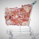 スーパーでお肉を買い占め 「お前らには買わせない」と宣言するカップルにあ然