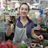 人気リゾート地ダナン、ベトナムいち清潔なホン市場で「ワカメドリンク」にハマる!【ベトナム】