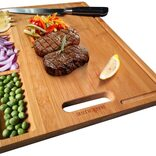 切った食材を仕分けできて、そのまま食卓に出せる竹製まな板なら、洗い物が減らせそう!