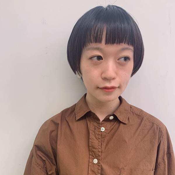 面長さんに似合うぱっつん前髪×ショート5