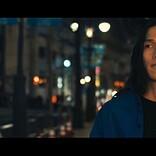 ササノマリイ、新曲「年中混乱中」MVはエフェクトを駆使したクリエイティブ作品