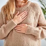 【医師監修】 生理前に胸の張りが……これって妊娠超初期? PMSと見分ける方法はあるの?