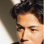 福山雅治、20代の美ショットを公開/紗栄子、息子の目隠しバスローブ姿を投稿