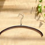 MAWA、ニトリ、無印…ハンガー別に「超ハマる」使い方を紹介