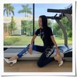 ウェディングドレスの巨匠ヴェラ・ウォン(70)驚異の美ボディにネット騒然!