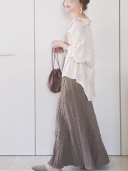 ロングシャツ×ニットフレアスカートの夏コーデ