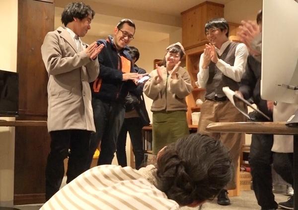 おおむね和やかだったという『ドロステのはてで僕ら』撮影中の一コマ。