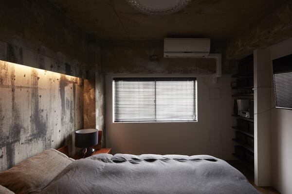 こもり感のある寝室
