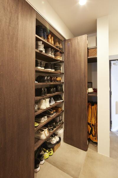 大きな靴収納