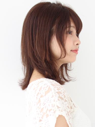 40代に似合うミディアムの髪型15