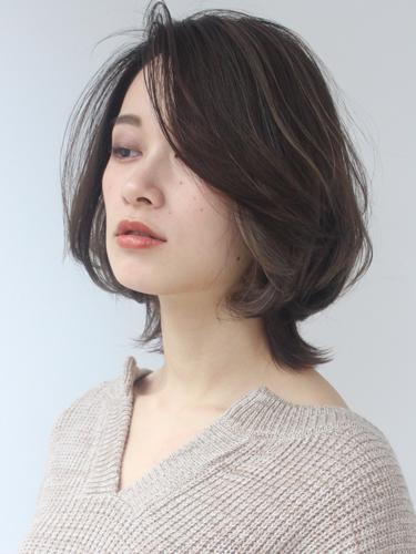 40代に似合うミディアムの髪型8