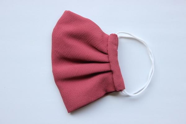 きもの屋さんが作った洗える涼やか絹マスク