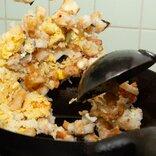 ライスバーガーはチャーハンに「モスライスバーガー海老天めんたい味」と「よくばり天めんたい味」をチャーハンにした