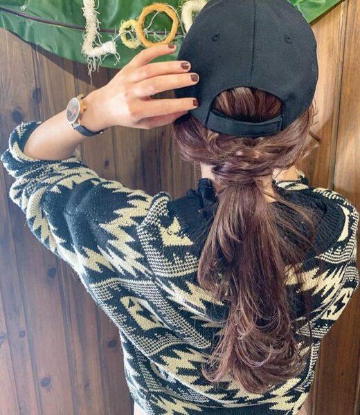 キャップに似合うヘアアレンジ《ロング》3