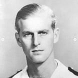 英王室がフィリップ殿下99歳の誕生日に秘蔵写真9枚を公開「なんと美しい!」「女王に相応しい方」