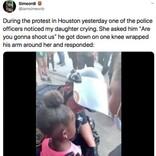 抗議デモ中に涙する5歳の黒人少女、慰める警察官に父親「警察の見方が変わった」(米)<動画あり>
