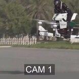 【観覧注意】空飛ぶバイク、恐怖のクラッシュ動画。憧れはあるけど、ホバーバイクはやっぱまだ怖いね…