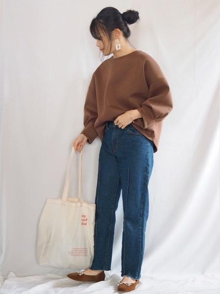 recaプルオーバー×青パンツの秋コーデ
