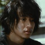 髭を生やした山﨑賢人の姿と「KingGnu」井口理の演技に注目!『劇場』