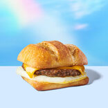 スタバの新メニューに「人工肉バーガー」が仲間入り